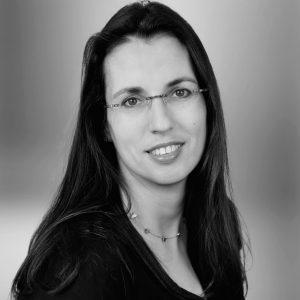 PD Dr. Dr. Anja Neumann